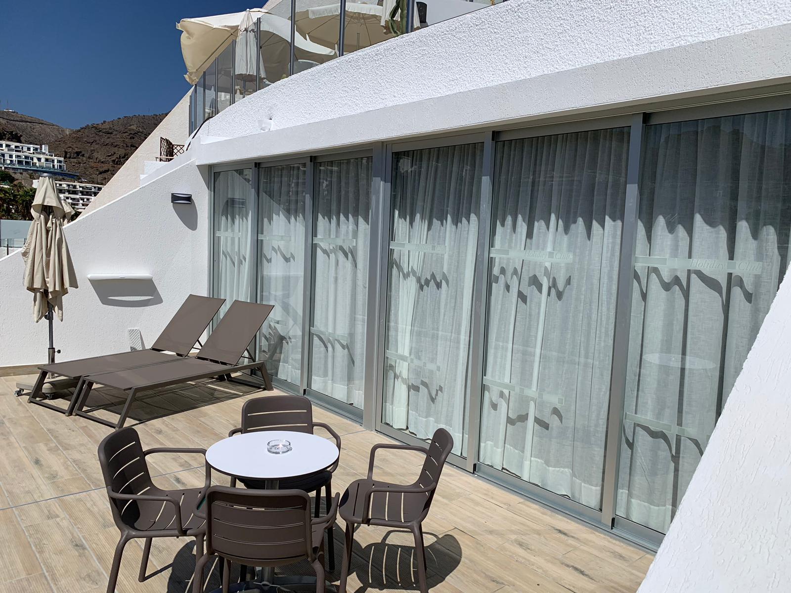 REforma apartamentos turisticos en Canarias